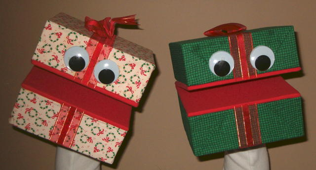 Gift Puppets
